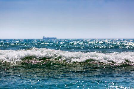 ocean wave: Bright wave in the ocean, summer beach, horizon, Portugal