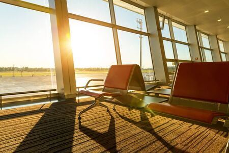 negocios internacionales: Aeropuerto, autobús o tren. Foto de archivo