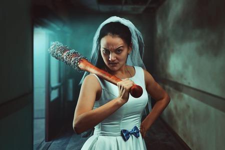 maniac: Bride maniac with baseball bat