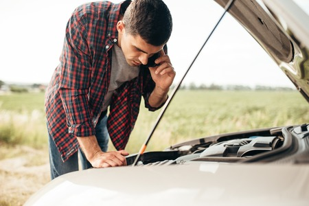 Man calls to service, trouble with vehicle