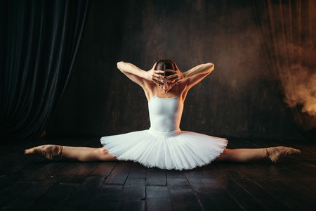 Body flexibility of ballet performer, stretching 스톡 콘텐츠