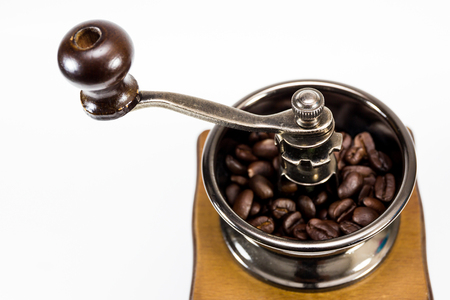 molinillo: Coffee grinder isolated.