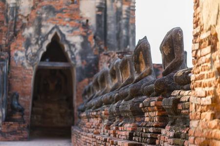 Ayutthaya historical park covers the ruins of the old city of Ayutthaya, Wat Chaiwatthanaram. Phra nakhon si ayutthaya Province, Thailand. 免版税图像