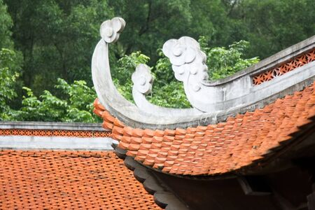 buddhist temple roof: buddhism old roof