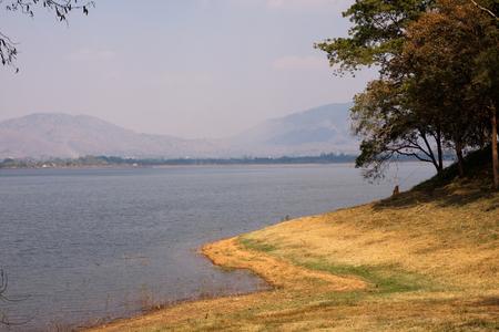 paisaje natural: natural landscape lake Foto de archivo