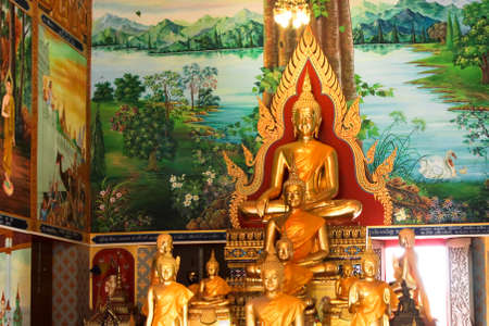 jade buddha temple: Golden Ancient statue Buddha in Thailand