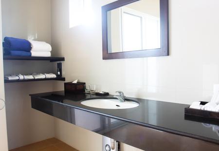 bath: modern bath room decoration