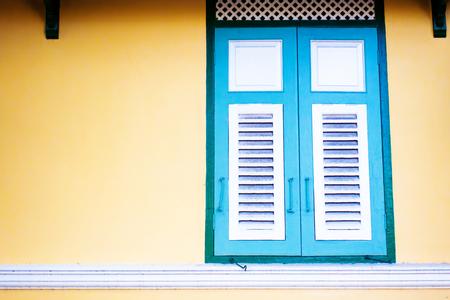 vintage color wood window Archivio Fotografico - 110441532