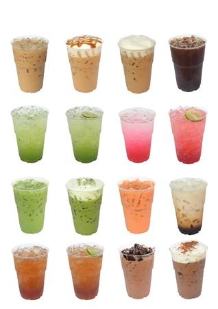 t� helado: Compilaci�n de las bebidas heladas aisladas sobre fondo blanco Foto de archivo