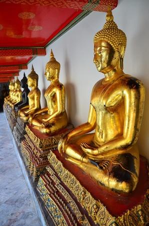 impassive: Photo of antique buddha images