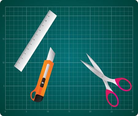 box cutter: Mat corte con la caja del cortador, regla y tijeras Vectores