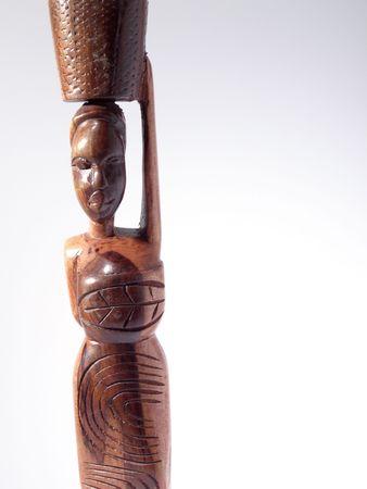 bois �b�ne: statue de femme en �b�ne