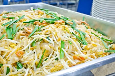 Thai food Pad thai , Stir fry noodles with shrimp and omelet Stock Photo - 18513437
