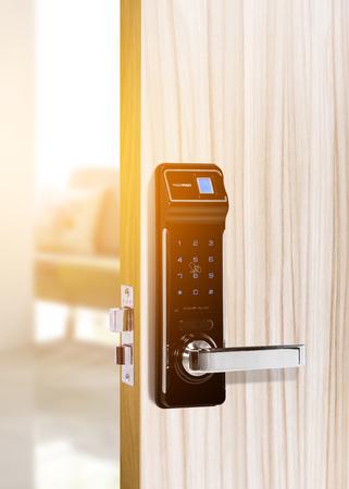 door handle: Smart digital door lock security for Door access control