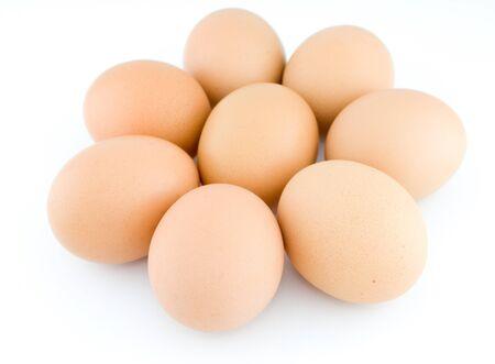 Stos jaj na białym