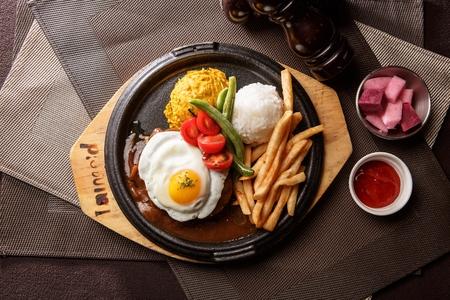 ハンバーグ ステーキ