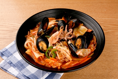 japanese cookery: Seafood Udon Stock Photo