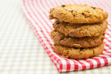 loe: chocolate chips cookies on the cloth