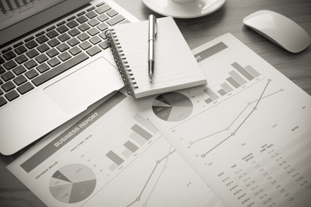contabilidad financiera cuentas: Showing business and financial report. Accounting