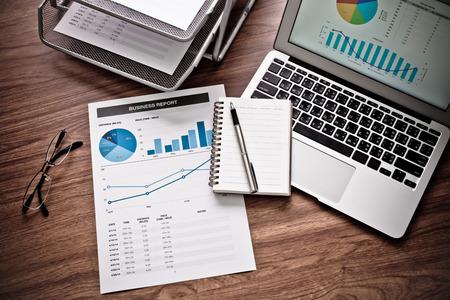 contabilidad financiera cuentas: Showing business and financial report. Accounting