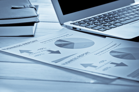 contabilidad: Mostrando empresa y el informe financiero. Contabilidad Foto de archivo