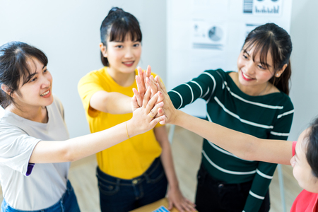 Teamwork Power Successful Meeting Workplace Concept. Asian people Stockfoto