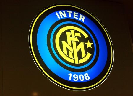 ミラノ、イタリア、2010 年 9 月 20 日 - Internazionale のフットボール クラブのロゴ。 報道画像