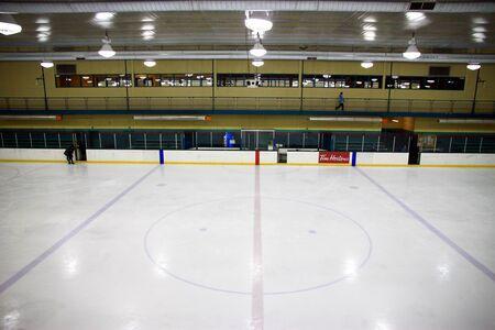 トロント、カナダ、2011 年 1 月 24 日 - トロントのホッケー場