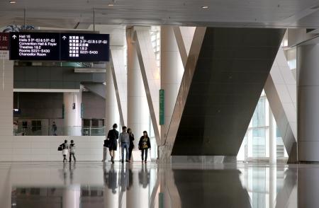 Hong Kong、中国、2012 年 4 月 1 日 - Hong kong HKCEC の内部の眺め