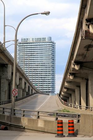 Beschadigde gedeelte van de Gardiner Expressway op 8 juni 2013 in Toronto