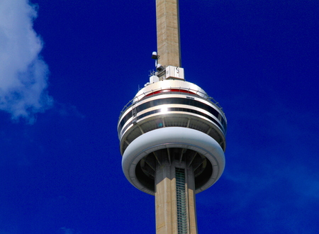 building cn tower:  CN Tower on July 20, 2013 in Toronto Editorial