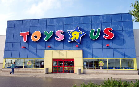 A Toys  R  Us store on September 7, 2013 in Toronto  There are 875 Toys   Us in the United States and more than 625 stores in other 35 countries