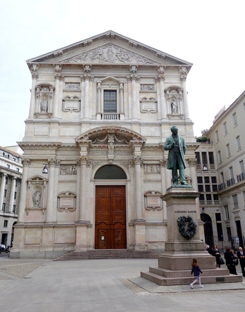 novelist: MILAN, ITALY - APRIL 12, 2014  Alessandro Manzoni statue in San Fedele square in Milan  Manzoni  1785-1873  was an italian poet and novelist, famous for the novel The Betrothed  Editorial