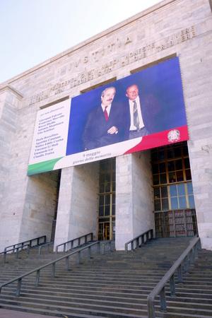 MILANO, ITALIA - 17 APRILE 2014 L'edificio tribunale di Milano Archivio Fotografico - 30127080