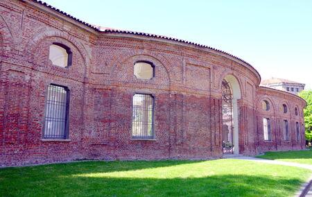 paredes exteriores: Las paredes exteriores de la Rotonda della Besana en Mil�n, Italia