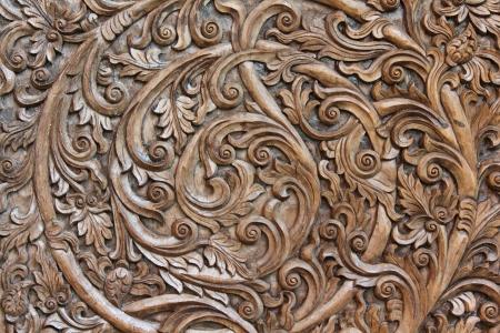 アジアの木製の彫刻
