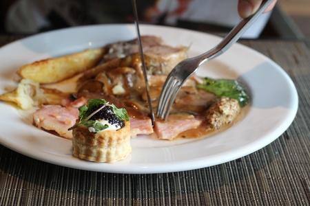 amuse: Canape with sour cream and caviar