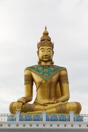 Big golden buddha statue, Wat Lamb Suwanaram, Samutsakorn, Thailand.