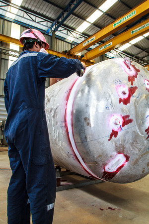 Pressure tank test for the petrochemical industry
