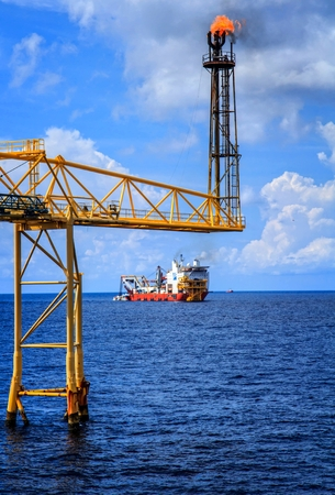 offshore: Offshore Industry oil and gas production petroleum pipeline.
