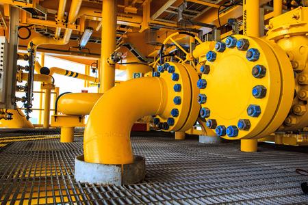 オフショア産業石油・ ガス生産石油パイプライン。 写真素材