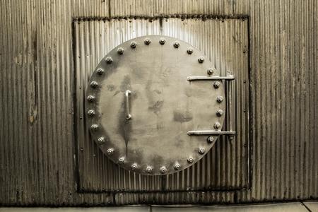 storage tank: Storage tank tunnel ventilation, heat, humidity and dust.