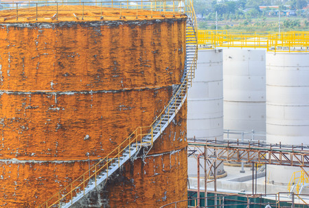 Chemical industry with fuel storage tank cladding Insulation.