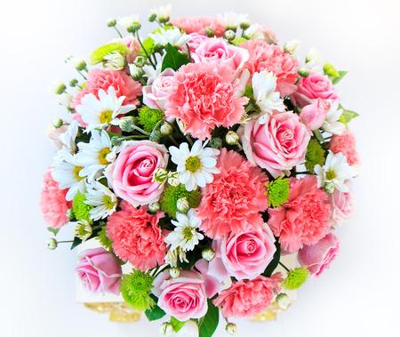 bouquet fleur: Beau bouquet de fleurs pr�tes pour la c�r�monie de mariage big Banque d'images