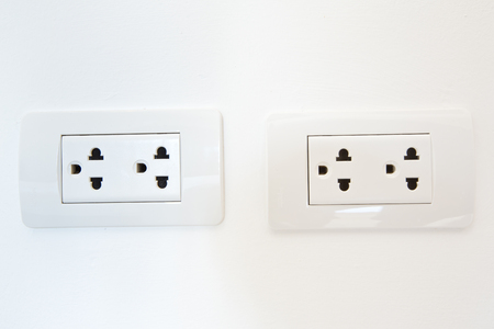 receptacle: Electrical outlet