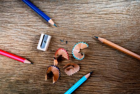 Pencil with sharpening shavings on wooden table background, Blank copy space, Top view 免版税图像