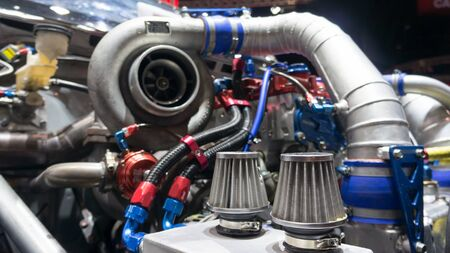 modificar: Motor de un coche de carreras modificar espect�culo