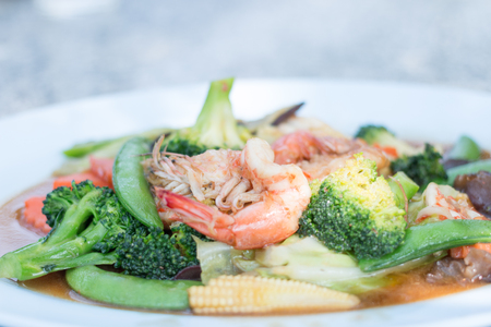 Stir fried broccoli with shrimp