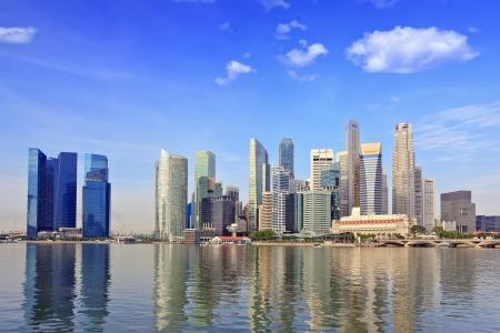 마리나 베이에서 싱가포르의 스카이 라인 스톡 콘텐츠