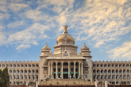 Vidhana Soudha de staat wetgever gebouw in Bangalore, India